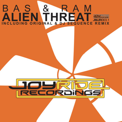 Bas & Ram – Alien Threat